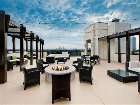 1 bedroom apartments in buckhead apartments for rent in buckhead the elle of buckhead