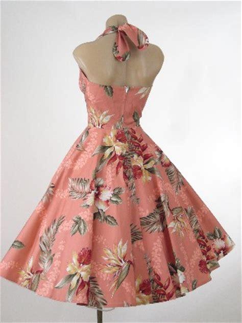 1950s style hawaiian print halter swing dress 50s vintage