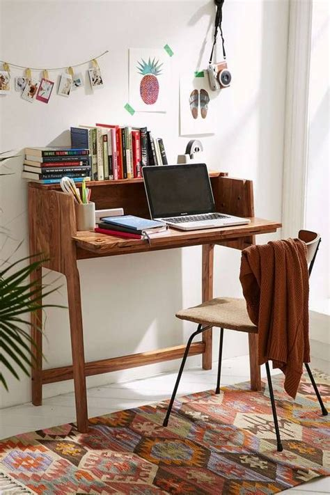 Desk For Small Space Living Best 25 Small Writing Desk Ideas On Small Corner Desk Office Rental Space And