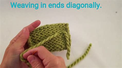 weaving in ends as you knit weaving ends diagonally in knitting my crafts and diy