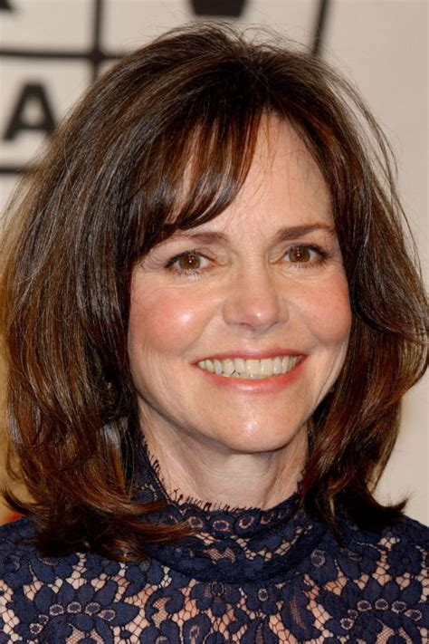 Sally Field Hairstyles by 25 Easy Medium Length Hairstyles And Haircuts For