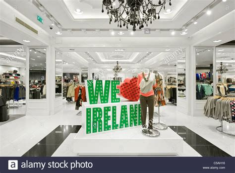 Retail Trends Forever 21 by Modern Forever 21 Retail Store Stock Photo Royalty Free