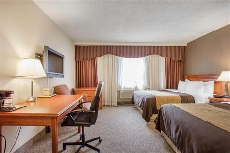 Comfort In Toronto by Comfort Inn Toronto Airport Mississauga Compare Deals