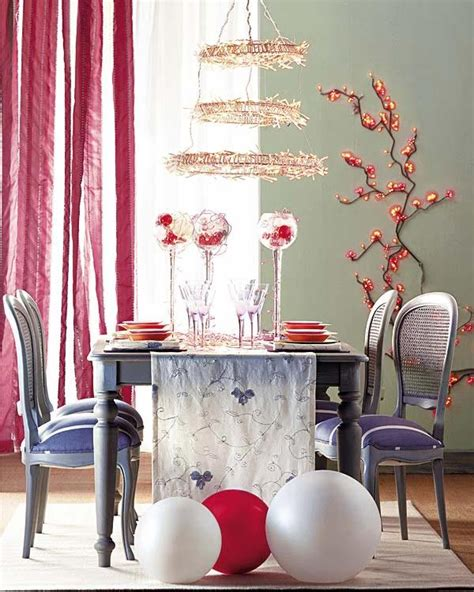 christmas decorating themes 18 christmas dinner table decoration ideas freshome com