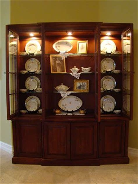 How To Organize A China Cabinet by Organizing A China Cabinet Hutch For The Home