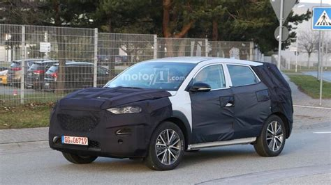 hyundai tucson 2019 facelift 2019 hyundai tucson facelift spied on the