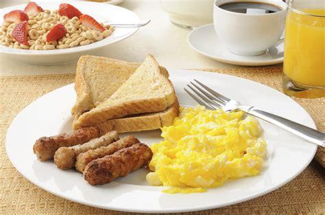 come cucinare le uova strapazzate uova strapazzate americane scrambled eggs ricetta