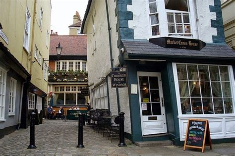 crooked house of windsor the crooked house of windsor amusing planet