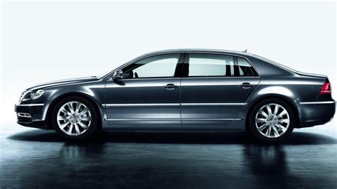 volkswagen phaeton the next volkswagen phaeton will start at 70 000 in america