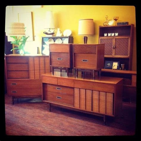 Bedroom Sets Chicago Il Furniture Quot Mainline Quot Bedroom Furniture Chicago Il