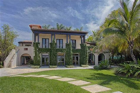 miami houses matt damon s miami house for sale for 20 million video photos huffpost