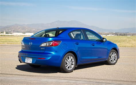 mazda mazda3 2012 mazda mazda3 reviews and rating motor trend