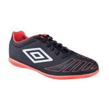 Sepatu Futsal Umbro Ori jual umbro ux accuro club ic sepatu futsal 81187u ecb