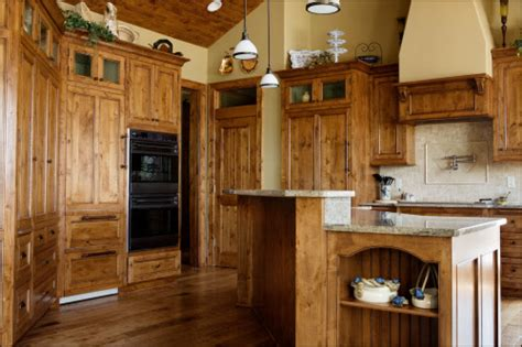 Lowes Custom Kitchen Cabinets by Lowes Knotty Alder Kitchen Cabinets Non Warping Patented