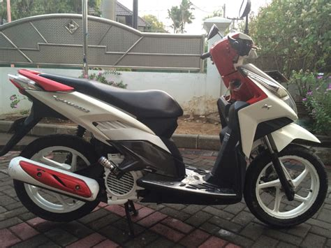 Vario 110 Karbu by Modifikasi Honda Vario 110 Karbu Garasi Modifikasi