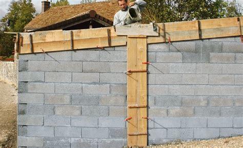 maison sur terrain en pente 410 l 233 l 233 vation des murs maison travaux