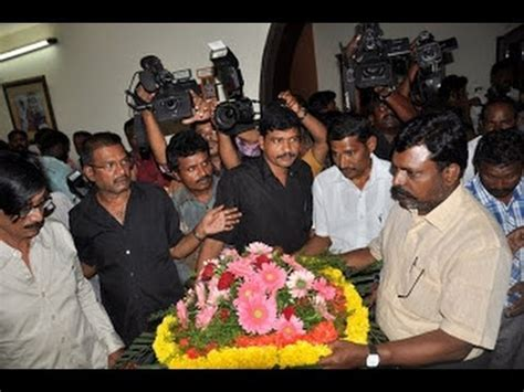 actor goundamani funeral tamil actor director manivannan s wife dead youtube