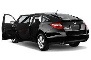 Honda Cross Tour Honda Accord Crosstour Review And Rating Motor Trend