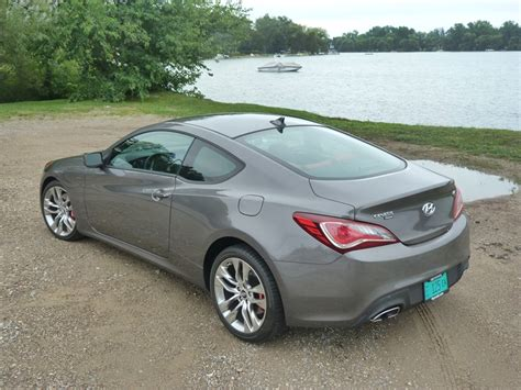 2013 genesis coupe 2 0 t review review 2013 hyundai genesis coupe 2 0t r spec