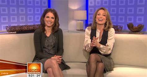 Today Anchor Amy Robach Leaves Nbc News For Abc News Video | amy robach natalie morales sexy leg cross