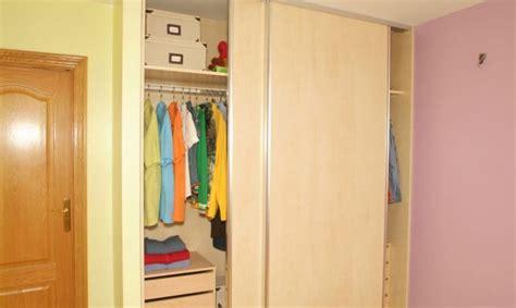 como hacer un armario empotrado con puertas correderas puertas correderas para armario bricoman 237 a