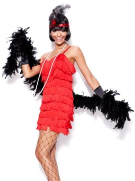 channel  hollywood glamour   stunning feather boa