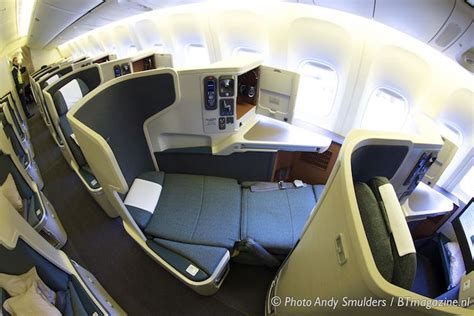 boeing 777 cabin layout cathay pacific flies with boeing 777 300er on amsterdam
