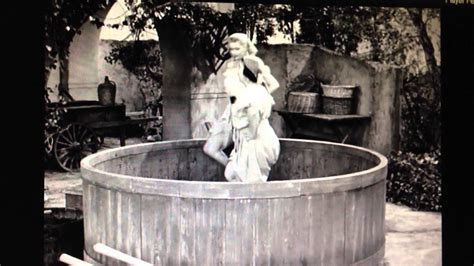 film lucy in italiano i love lucy stomping grapes youtube
