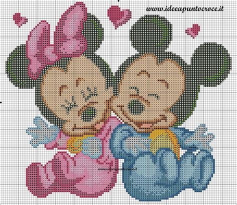 Stelan Baby Mickey schema baby minnie e topolino punto croce disney