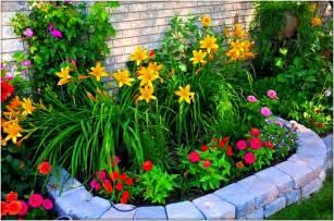 Backyard Vegetable Garden Layout Simple Garden Ideas Garden Ideas And Garden Design
