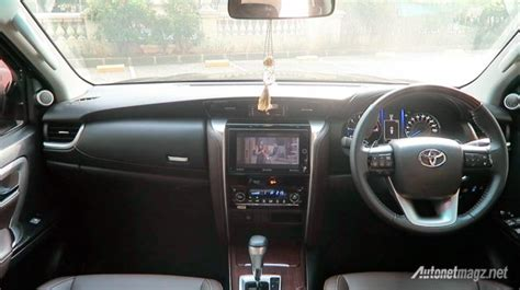 Panel Wood Panel Kayu All New Fortuner Vrz Test Drive Toyota Fortuner Vrz Indonesia By Autonetmagz