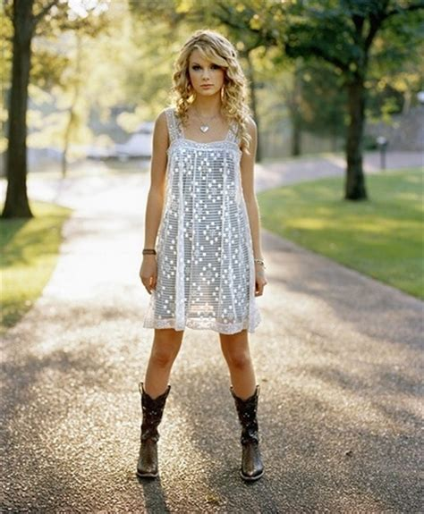 dressing country style 10 ways to wear cowboy boots fashion