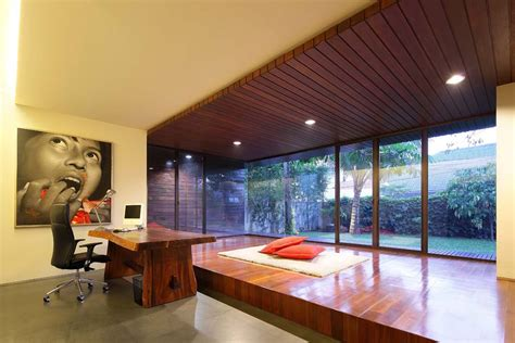 Luxurious and Elegant Diminished House in South Jakarta