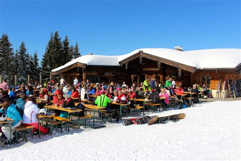 Berghütten In Tirol by St Johann In Tirol Een Klein En Relaxed Skigebied