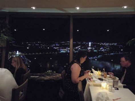 Skylon Revolving Dining Room by Vista Desde Skylon Picture Of Skylon Tower Revolving