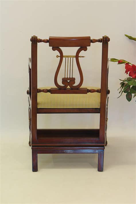stuhl treppe b 252 rostuhl lyra treppenstuhl leiterstuhl aus mahagoni im