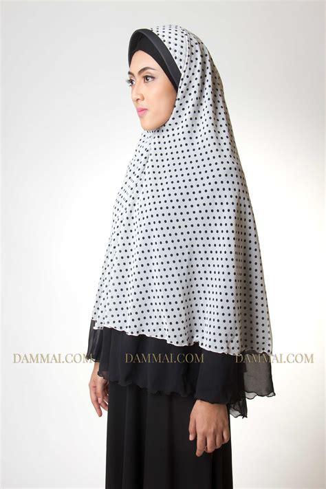 Baju Muslim Syar I Polkadot white polkadot syar i jilbab dammai
