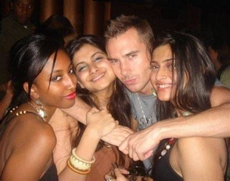 celebrity party games bollywood actress drinking alcohol photos 610378