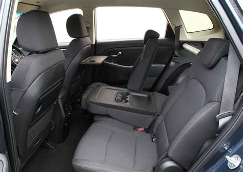 Kia Carens Seating Capacity Four Wheel Drives With 3 Row Seating Autos Post
