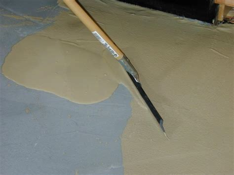 How to Install a Skim Coat for a Concrete Floor   how tos