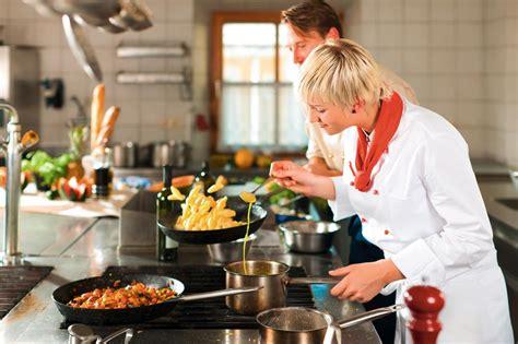 corsi gratuiti cucina corsi gratuiti nel settore della ristorazione a firenze
