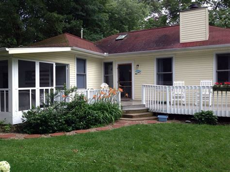 union pier cottage rental charming cottage steps to
