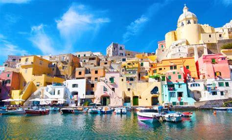 tavola maree napoli le 10 isole pi 249 d italia tante idee e consigli per