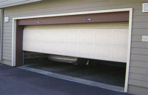 Garage Door Repair Tarzana Get Perfectly Secure Garage Doors And Garage Door Repair Services In Tarzana Home Decoration Ideas