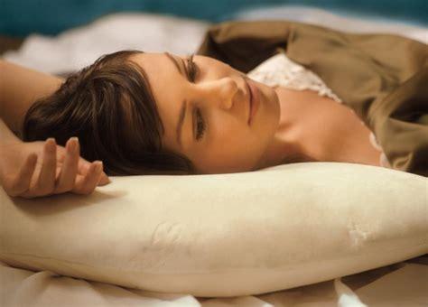 buon materasso notturnia scegliere il guanciale da letto giusto notturnia