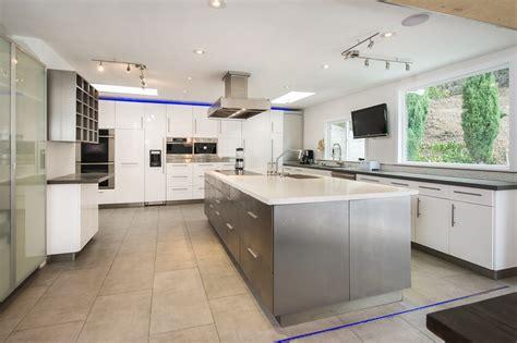 cuisine 駲uip馥 le bon coin cuisine le bon coin meubles cuisine avec gris couleur le