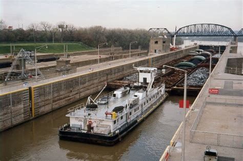 boating accident pennsylvania tow boat accident pittsburgh river law barge hits bridge