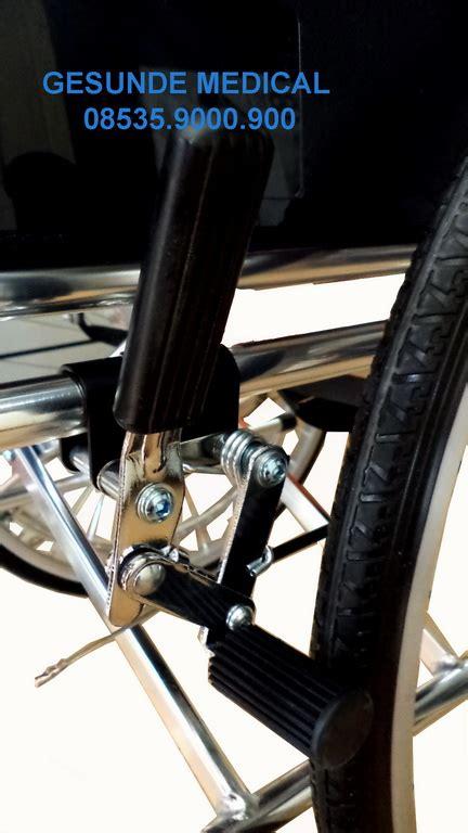 Kursi Roda Lengkap jual kursi roda alumunium lengkap dengan rem depan