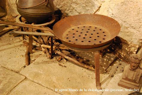 Griller Des Chataignes by Ch 226 Taigne Et Marron L Ethnobotanique Du Ch 226 Taignier