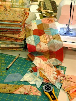 Wallis Has A Go At The Quilted Bay Bag by Patchworkpottery Quilt By The Bay